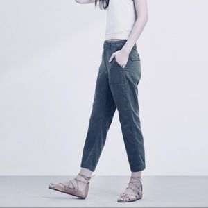 Golden by TNA Grey Cropped Fermor Pants Size 4